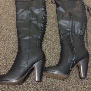 Shoedazzle Chelsi Boots